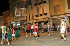 quistello_basket_in_piazza_2015_4