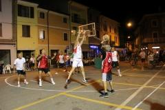 quistello_basket_in_piazza_2015_8